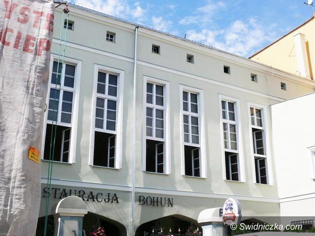Strzegom: Budynek SCK–2 zyskał nową elewację