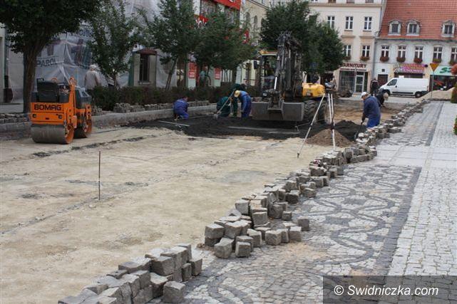 Świebodzice: Ruszył kolejny etap rewitalizacji Starego Miasta