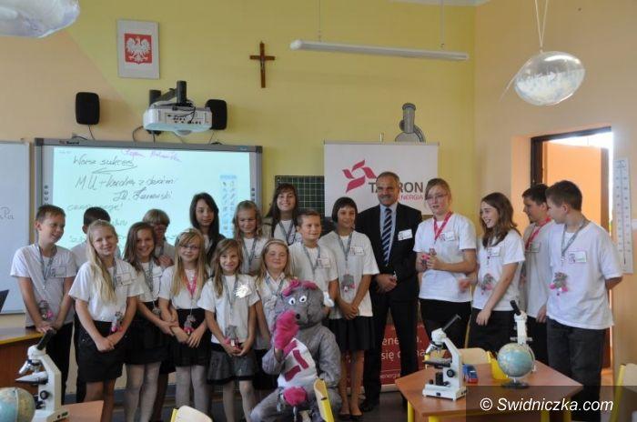Mokrzeszów: Dobra energia sali przyrody w Mokrzeszowie