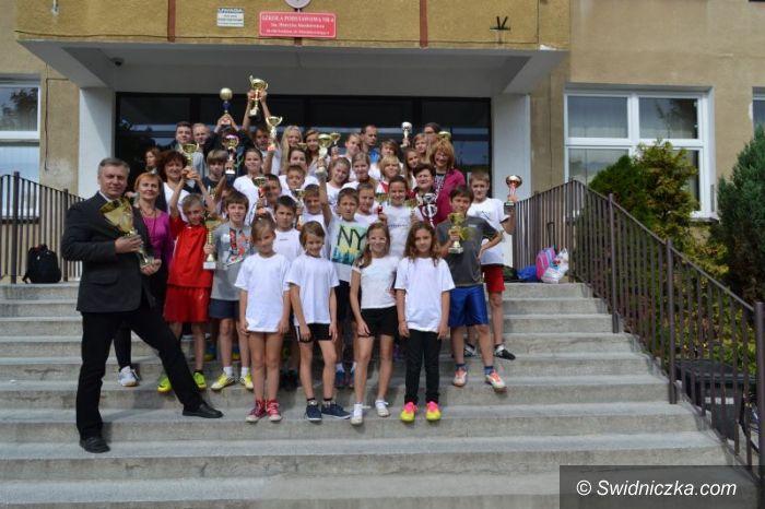 Świdnica: Sportowy sukces uczniów SP 4 w Świdnicy