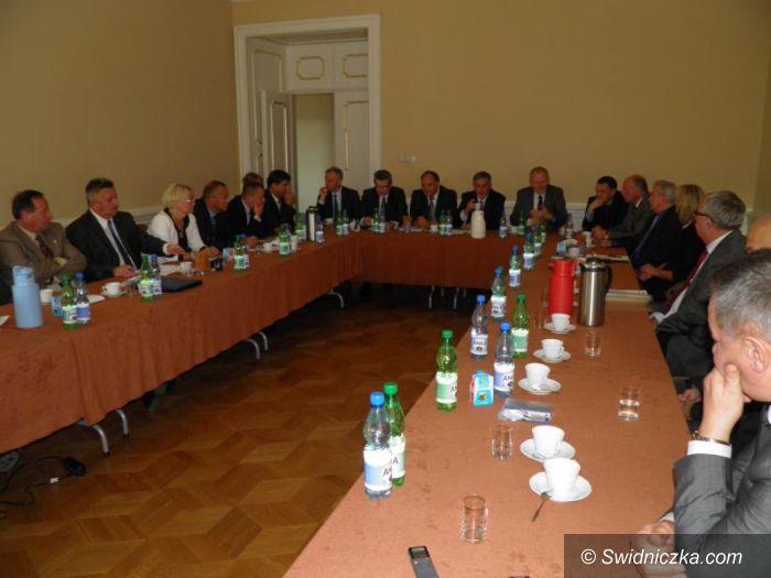 Żarów: Żarów przyłączył się do Aglomeracji Wałbrzyskiej