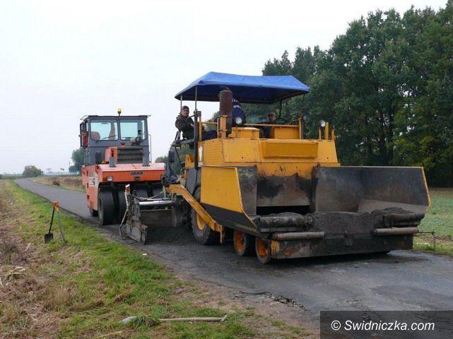 Modlęcin: Kolejna droga powiatowa w remoncie