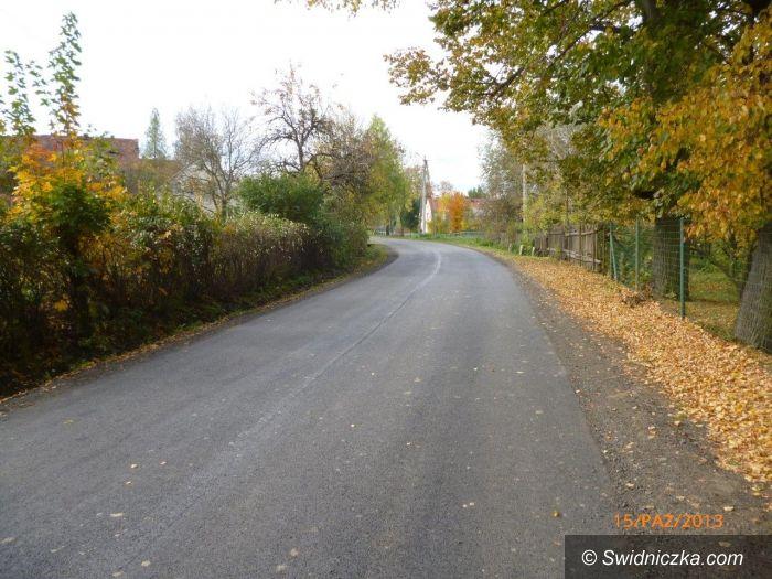 Mokrzeszów: Kolejna droga powiatowa zniszczona przez powódź wyremontowana
