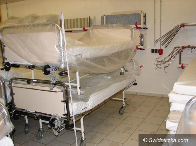Strzegom: Łóżka dla chorych i niepełnosprawnych do użyczenia za darmo