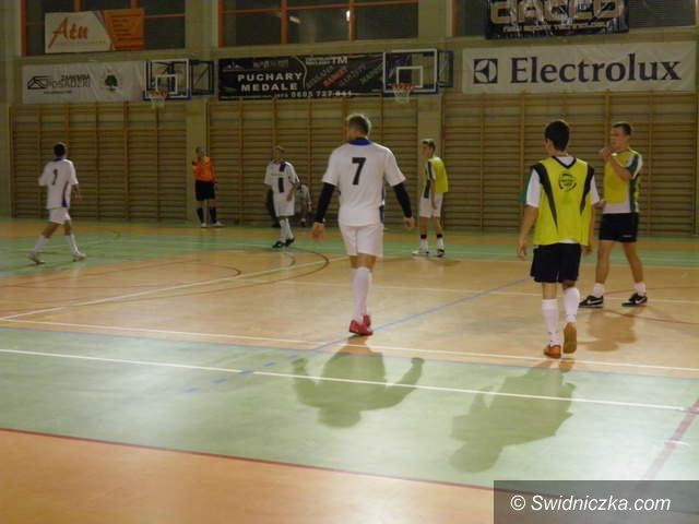 Żarów: Ruszyła Żarowska Liga Futsalu Electrolux Cup