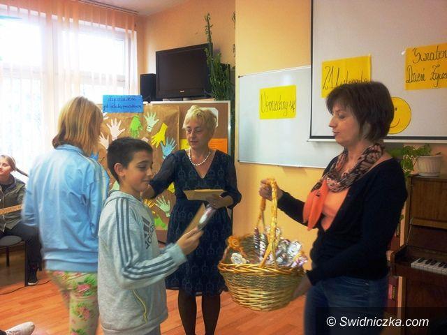 Świdnica: Światowy Dzień Życzliwości w Gimnazjum nr 2