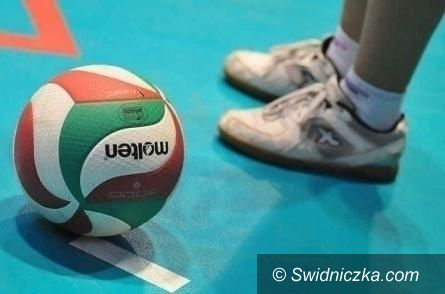 II-liga siatkarek: MKS zaliczył awans o jedną lokatę