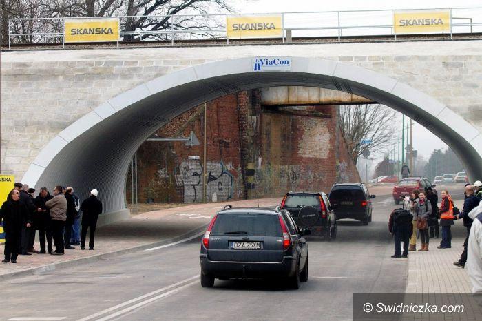 Świdnica: Bezpieczniej przy ul. Sprzymierzeńców/Polna Droga – nowy wiadukt już dostępny