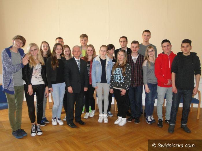 Krzyżowa: Spotkanie rad młodzieżowych w Krzyżowej