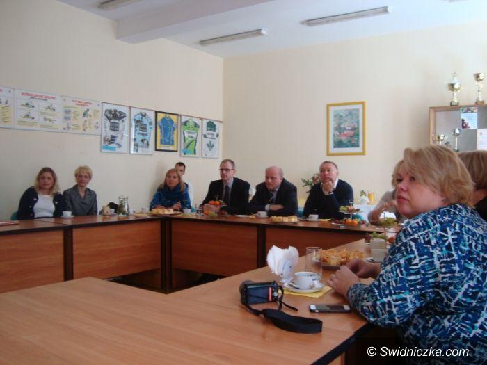 Świdnica: Wizyta delegacji z Petersburga w Szkole Mistrzostwa Sportowego w Świdnicy