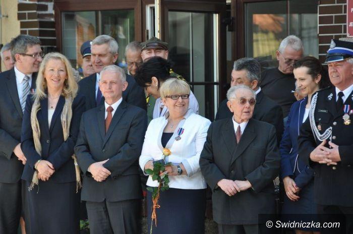 Świdnica: Brązowa odznaka dla wójt gminy Świdnica