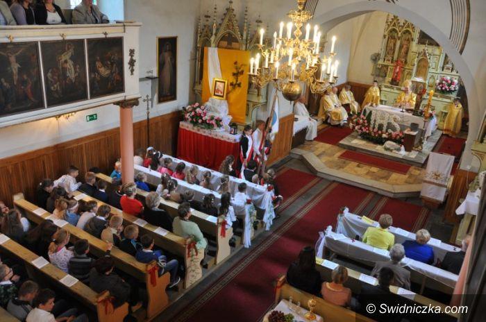 Grodziszcze: Od 10 lat Jan Paweł II patronuje szkole w Grodziszczu