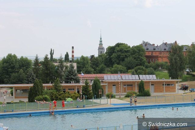 Świebodzice: Otwarcie basenu w Świebodzicach już jutro
