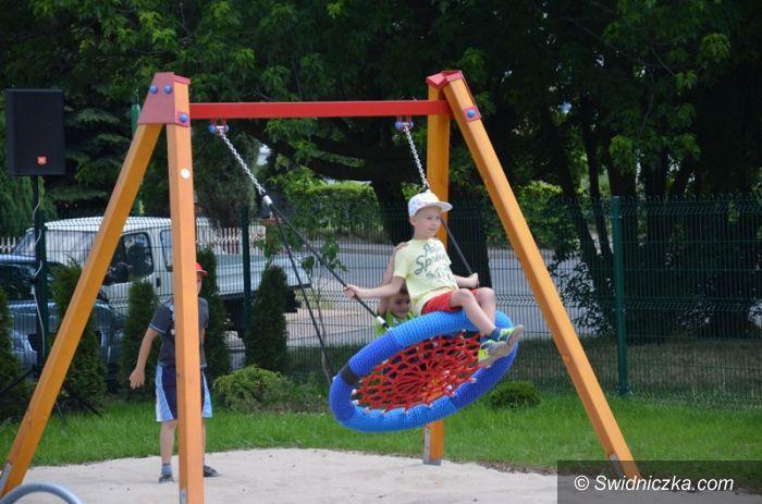 Strzegom: Mieszkańcy ul. Bazaltowej mają plac zabaw
