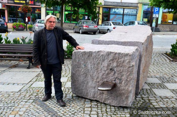 Strzegom: Rzeźby zdobią Strzegom