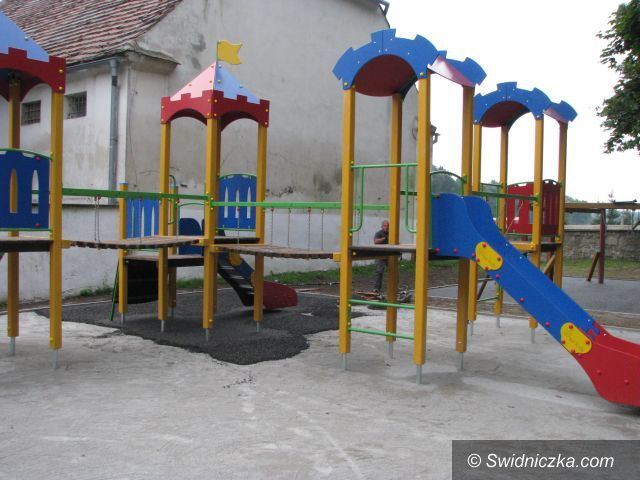Gmina Marcinowice: Nowy rok szkolny 2014/2015 z nowymi zabawkami i pomocami dydaktycznymi dla przedszkolaków
