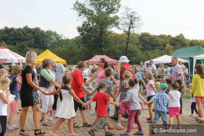 Świebodzice: Mieszkańcy złożyli dziękczynienie za plony
