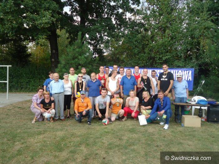 Jaworzyna Śląska: Siatkarski turniej w Jaworzynie Śląskiej na zakończenie wakacji