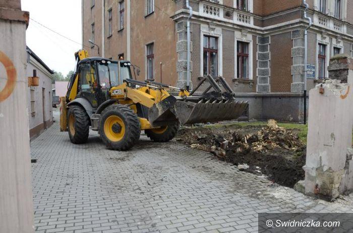Żarów: Nowy parking w budowie