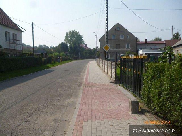Milikowice: Nowy chodnik w Milikowicach