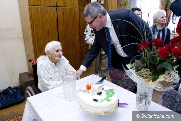 Świdnica: 100 lat świdniczanki
