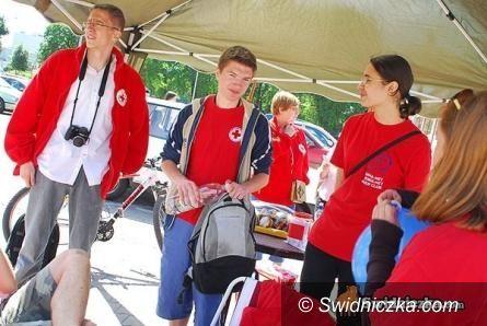Świdnica: Kwesty Polskiego Czerwonego Krzyża w Świdnicy