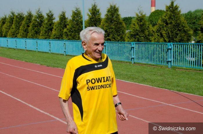 Toruń: Kolejny rekord pana Stanisława, 104–latka ze Świdnicy