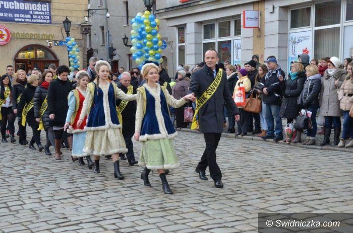 Świdnica: XI Polonez w świdnickim Rynku