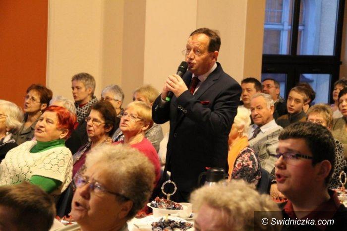 Świebodzice: Kolędowanie z burmistrzem 2015