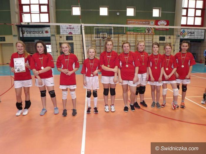 Świdnica: Dziewczęta z SP 1 Świdnica powalczą w finale strefy wałbrzyskiej