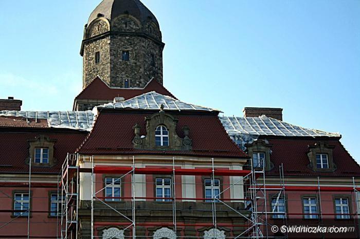 Wałbrzych: Dach Zamku Książ remontowany