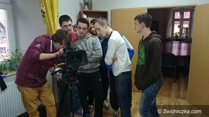 """Świdnica: Przeciwko mowie nienawiści – wiosenny sezon """"Telewizji uśmiechu"""" wystartował"""
