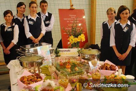 Marcinowice: Złoty Kompas za Tradycje Stołu Wielkanocnego
