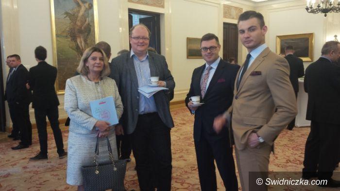 """Warszawa: Debata publiczna: """"Samorząd terytorialny dla Polski"""""""