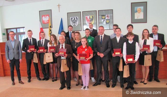 Świdnica: Nagrody za wyniki sportowe oraz osiągnięcia w działalności sportowej