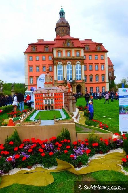Wałbrzych: Trwa XXVII Festiwal Kwiatów i Sztuki