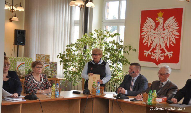 Świdnica: Pracownice GOPSu uratowały życie mężczyźnie