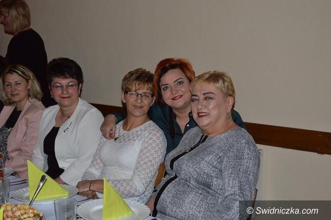 Strzegom/Region: Kolejne odsłony Dnia Kobiet w Tomkowicach