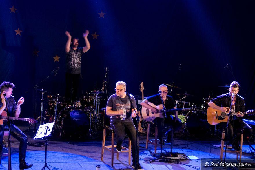 Wałbrzych: Wałbrzych: Akustyczny koncert zespołu IRA
