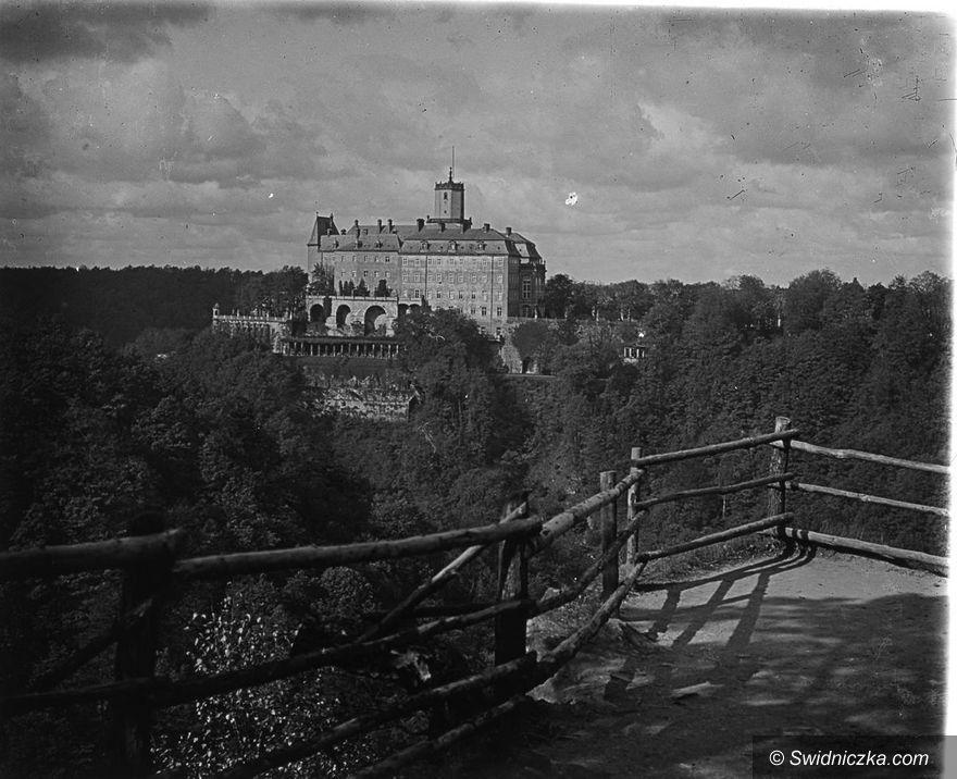 Wałbrzych: Nieznane zdjęcia i dokumenty wracają do Książa