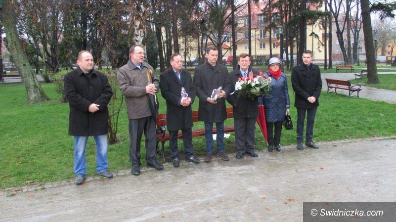 Świebodzice: Świebodzice: 6. rocznica Katastrofy Smoleńskiej