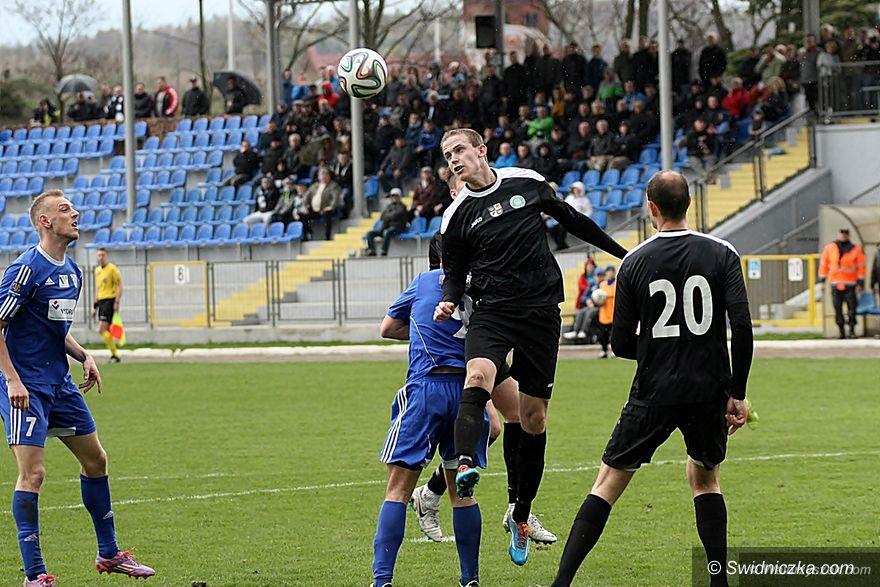 Wałbrzych: III liga piłkarska: Poloniści triumfują w Wałbrzychu