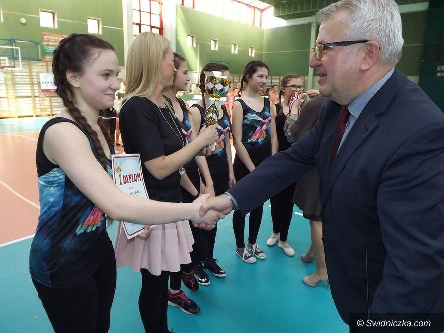 Świdnica: Aerobik rekreacyjny gimnazjalistów