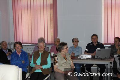 Świdnica: Policjant spotkał się z seniorami