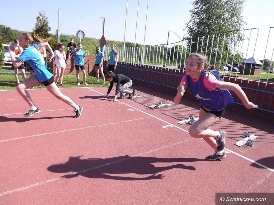 Świdnica: Gimnazjaliści za pan brat z lekkoatletyką