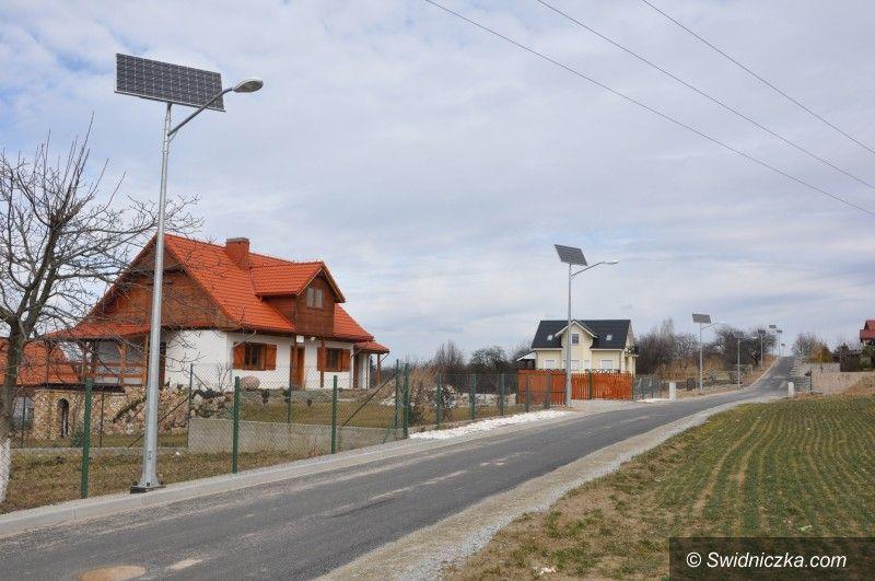 Gmina Świdnica: Powstaje oświetlenie