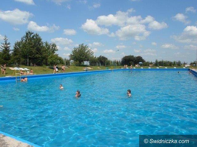Dobromierz: Otwarcie basenów 1 lipca