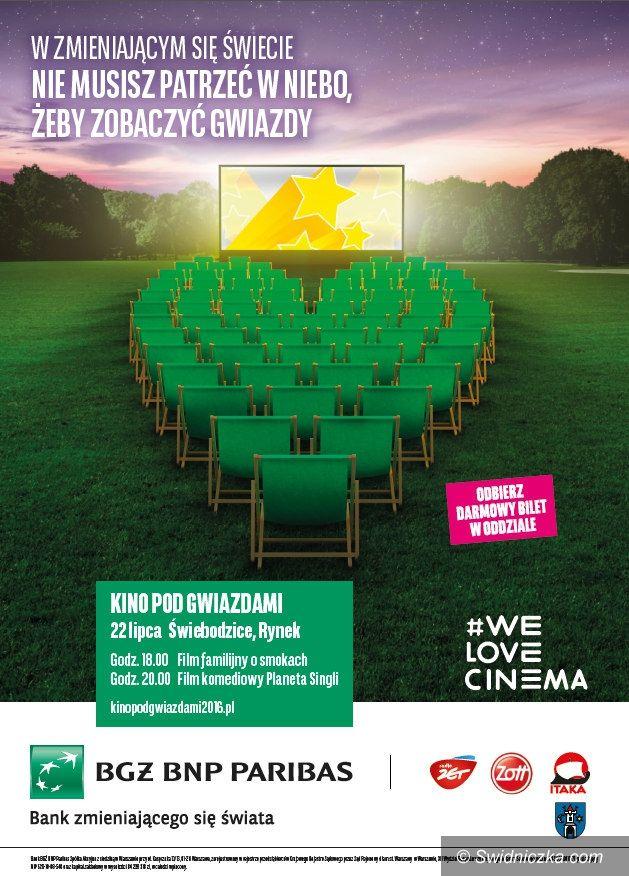 Świebodzice: Piątkowe Kino pod Gwiazdami