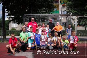 """Jaworzyna Śląska: """"FC Pazdany"""" wygrały """"Lato na korcie"""""""