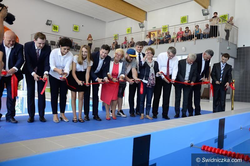 Żarów: Basen w Żarowie uroczyście otwarty